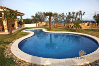 Mediterranean villa for sale with private pool