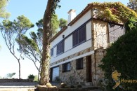 first line house to buy in Begur