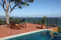 sea front villa for sale in Baix Emporda