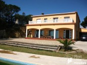 Sea view villa to buy in Serra Brava Lloret de Mar