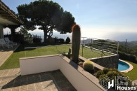 Holiday house to buy in Serra Brava Lloret de Mar