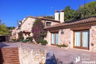 Costa Brava villa to buy