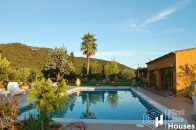 Rural villa with private pool Costa Brava