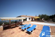 house to buy with private pool Begur