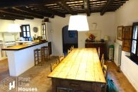 Catalan country house to buy Baix Emporda