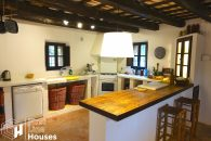 country house with swimming pool to buy Costa Brava