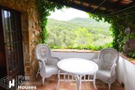 rustic villa in natural park for sale