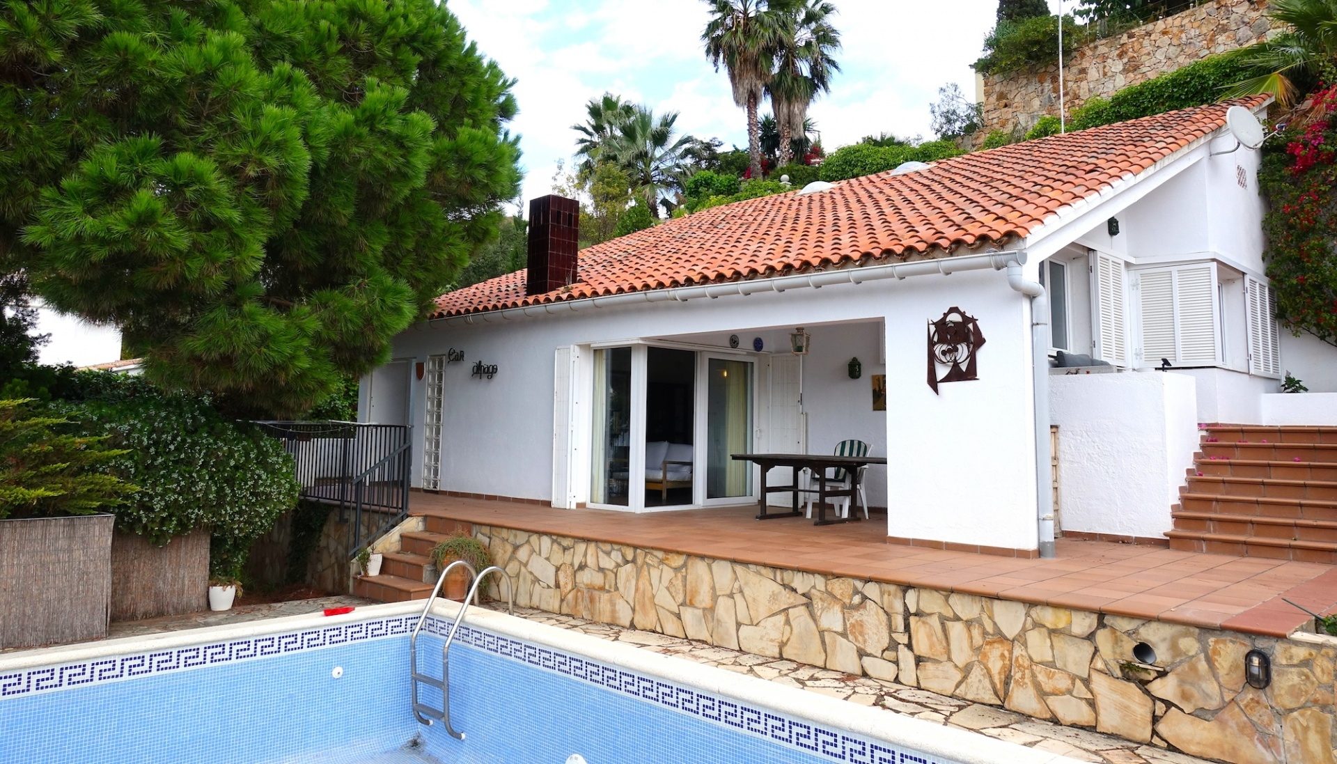 holiday home with sea view to buy in Santa Maria de Llorell