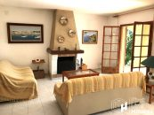 Holiday home with large plot for sale