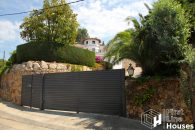 detached villa for sale Montgoda