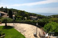 Villa with sea view for sale Montgoda