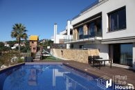 contemporary villa for sale Lloret de Mar