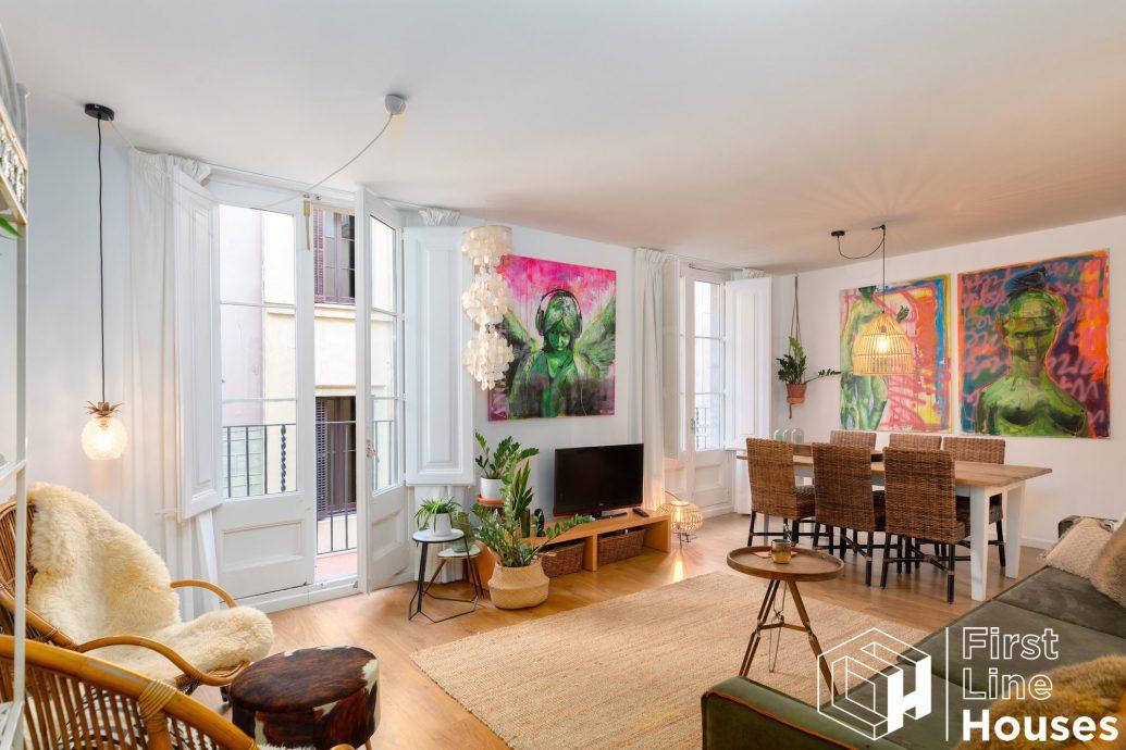 Barcelona apartment for sale in El Born center