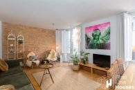 Barcelona historic center apartment to buy