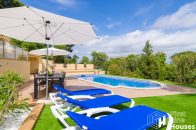 detached house for sale with private pool and garden