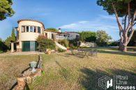 home with private garden Costa Brava