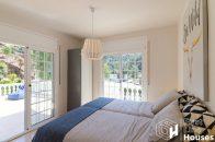 bedroom terrace access